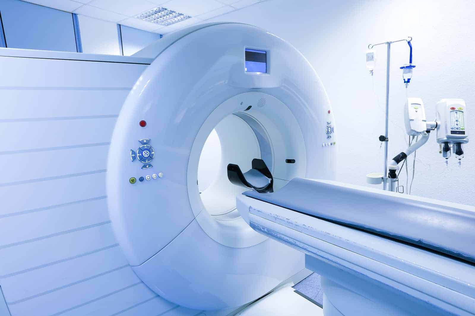 rezonans magnetyczny co to jest ile kosztuje