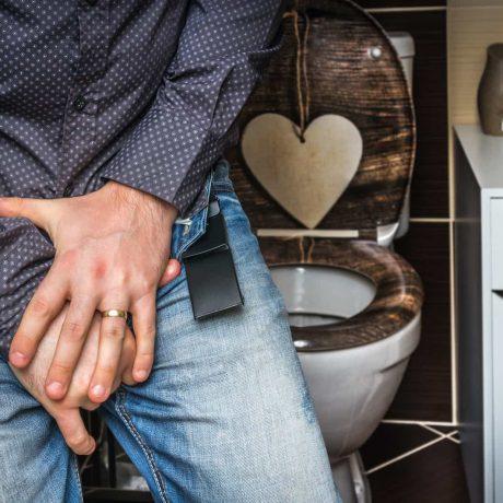 nietrzymanie moczu przyczyny leczenie