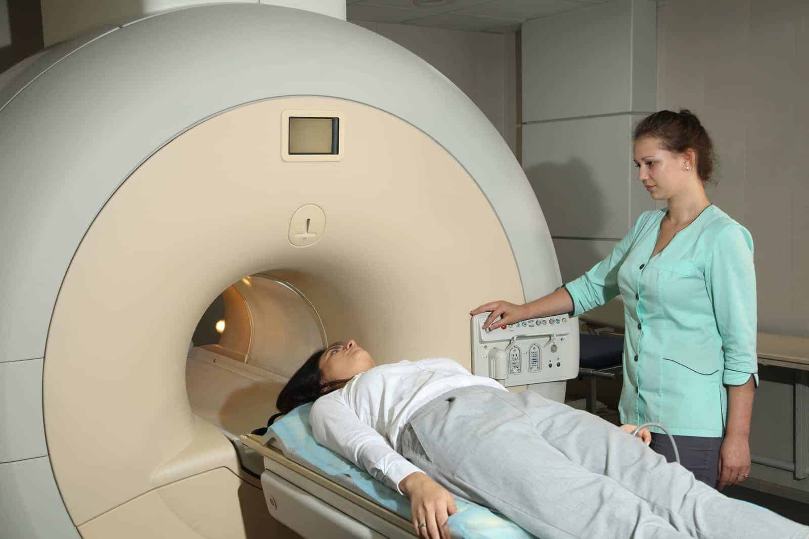 rodzaje tomografii głowy kręgosłupa