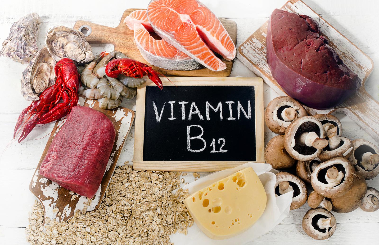 witaminy b12 nadmiar niedobór